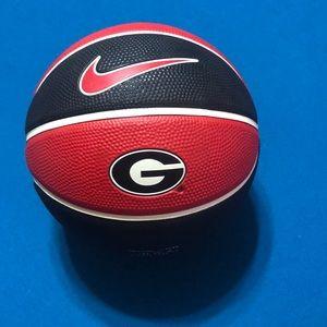 New Nike Georgia Bulldogs Mini Basketball